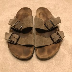 Birkenstock Arizona size 37 *Irregular sole*